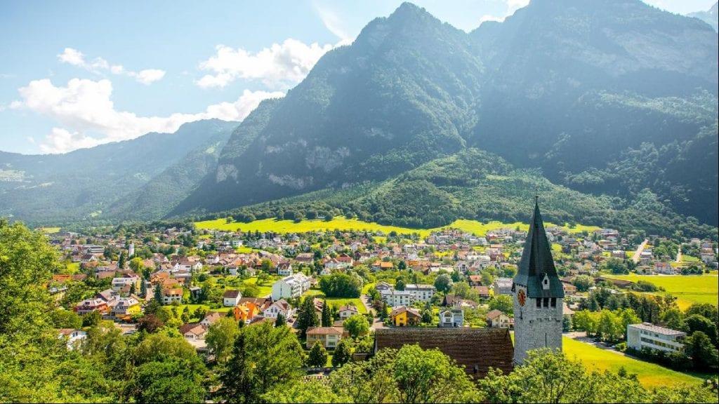 Smartlands Adapts Legal Framework Following Liechtenstein Blockchain Act